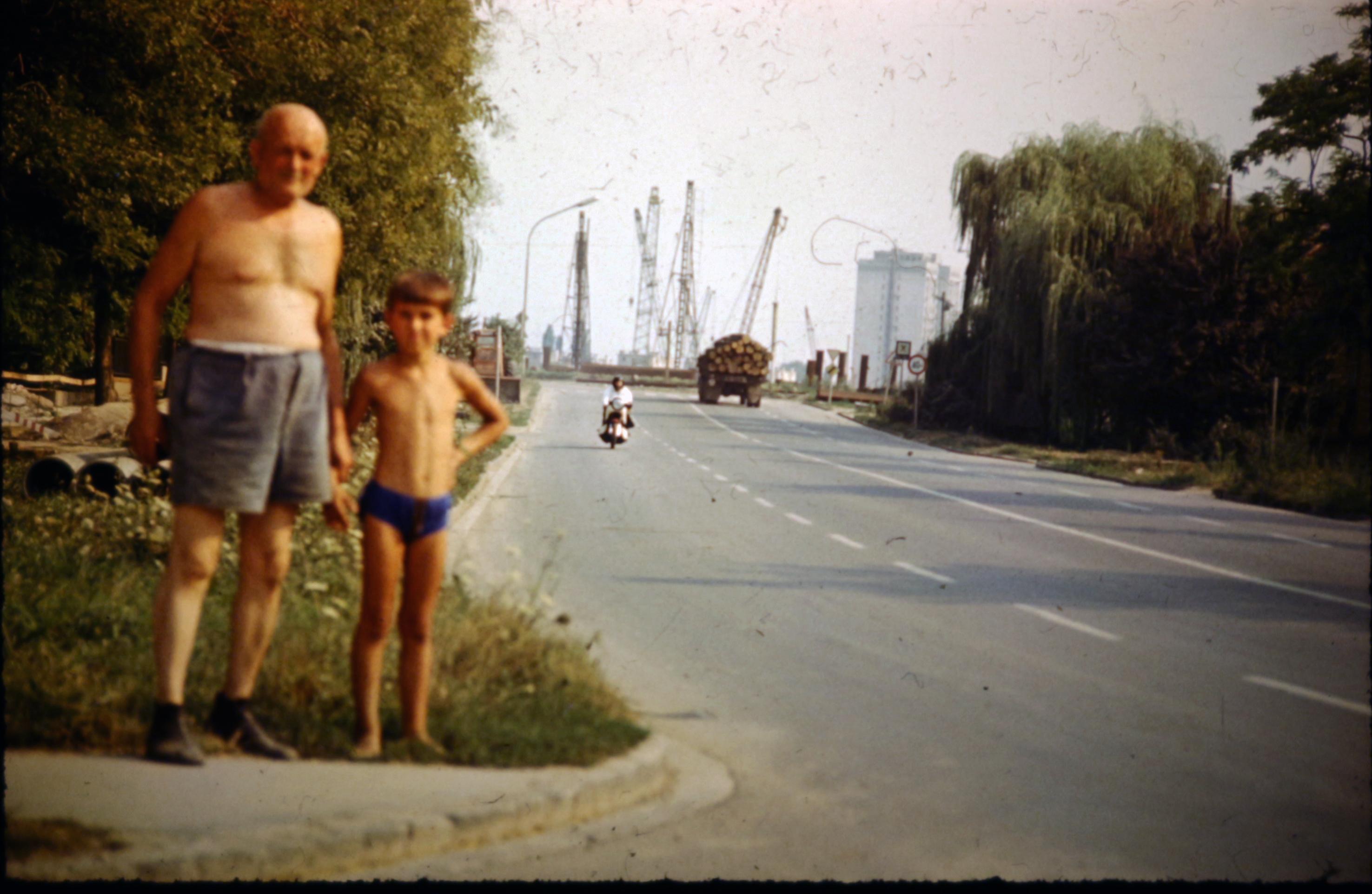 Emberek, itt egy új hidat építünk Szegednek!
