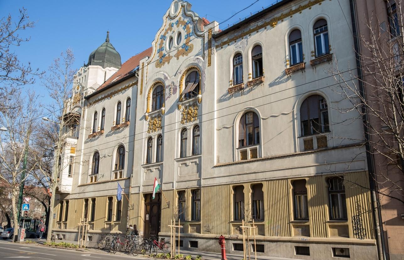 szecesszió ságvári szte gyakorló rosta tibor mti