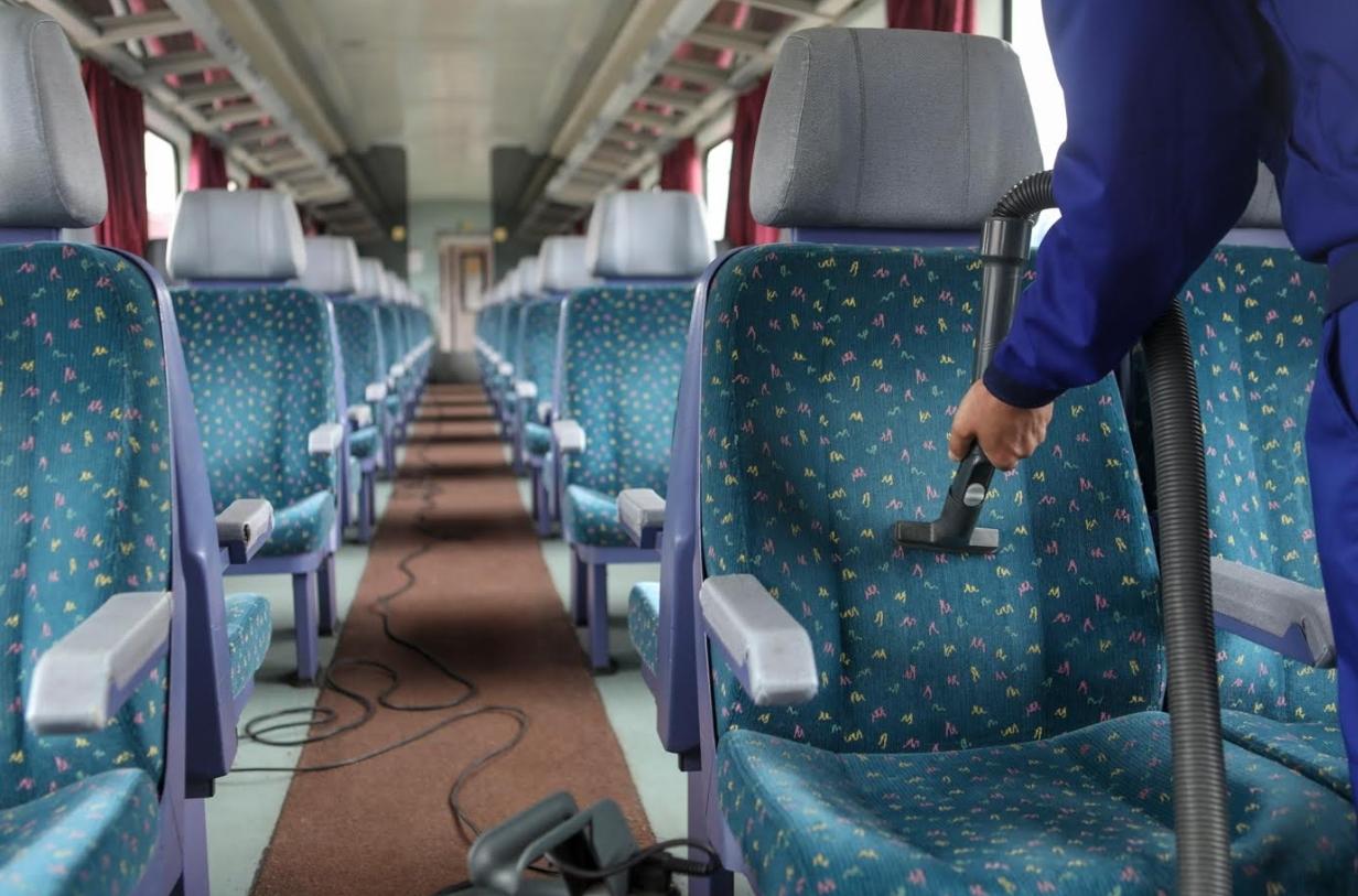 máv vasút vonat tisztítás tiszta kosz f máv start