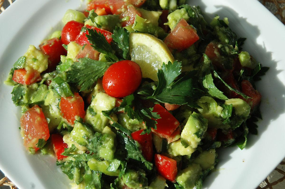 Avokádó saláta