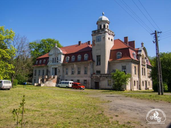 powiat brzeski, pałace na Opolszczyźnie