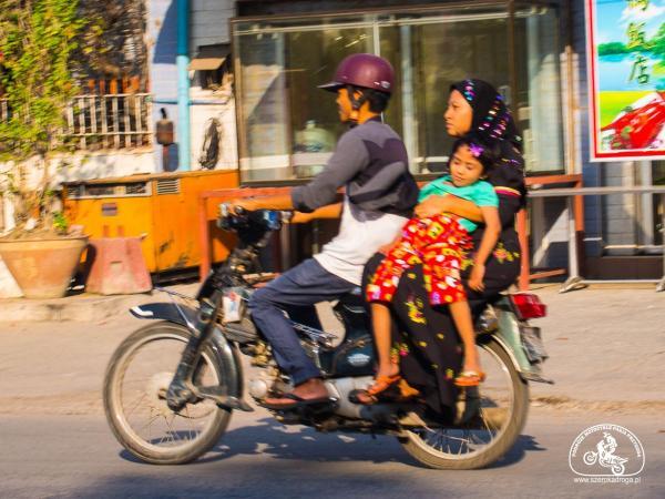Skutery w Birmie