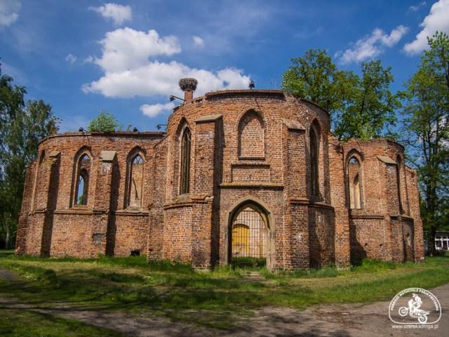 ruiny kościoła Bierutów