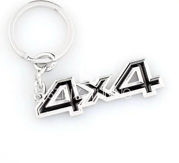 4X4 fekete kulcstartó