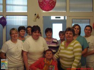 Enikő 71. születésnapját ünnepelte a Szivárvány-házban
