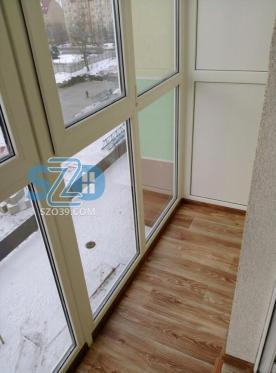 Остекление балкона, отделка потолка и пола по ул. Суворова