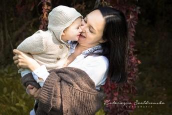 plenerowa sesja mamy z dzieckiem Kraków Nowa Huta. Breastfeeding photo cracow