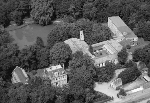 A La Clarté Dieu ferences kolostor, a konferencia helyszíne