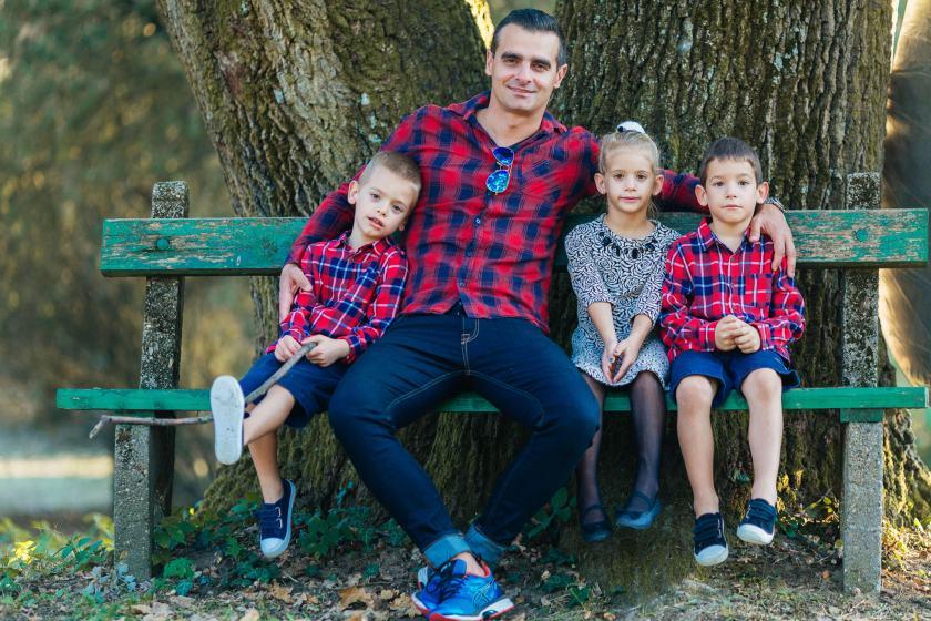 Szőlősi Zsombor   Portré, család és Esküvő Fotózás Debrecen