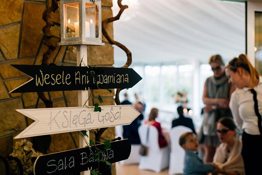 kierunkowskaz na weselu znaki weselne