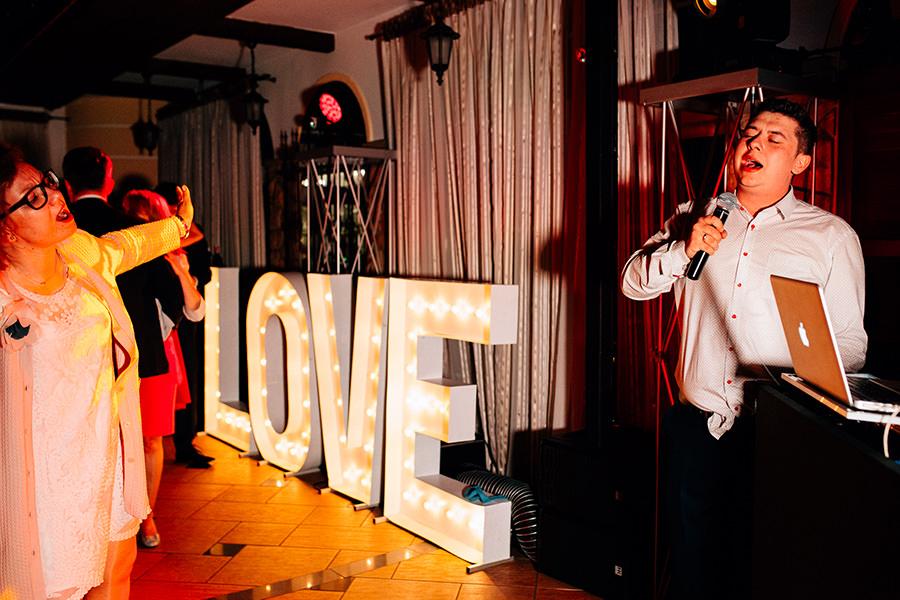 napis love na wesele hotel alpin szczyrk