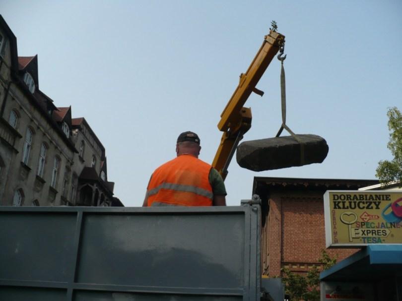 Wydobywanie macewy 22.09.2009 (79)