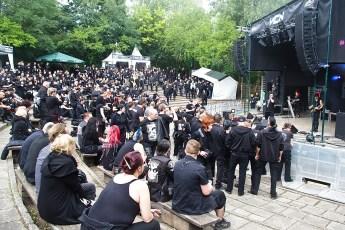 Amphibühne: Deviant UK