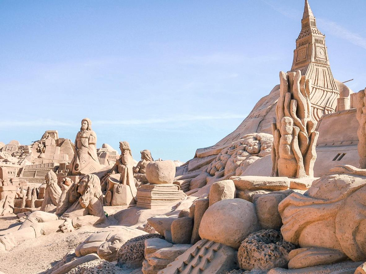 World' Creative Sand Sculpture Festivals