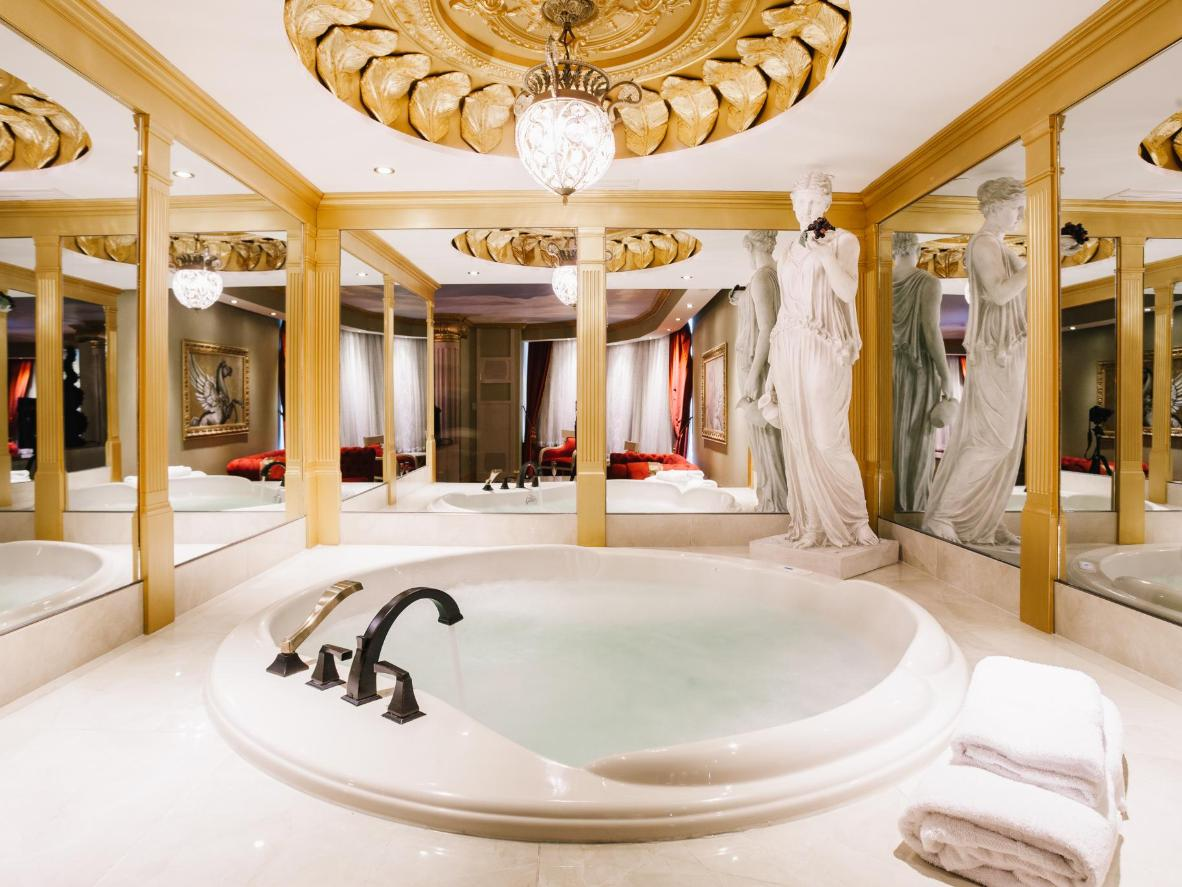 5 Weird And Wacky Hotels Ll Absolutely Love