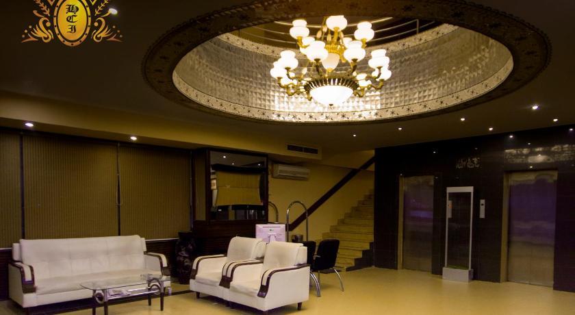 ★★★ Hotel Crown Inn