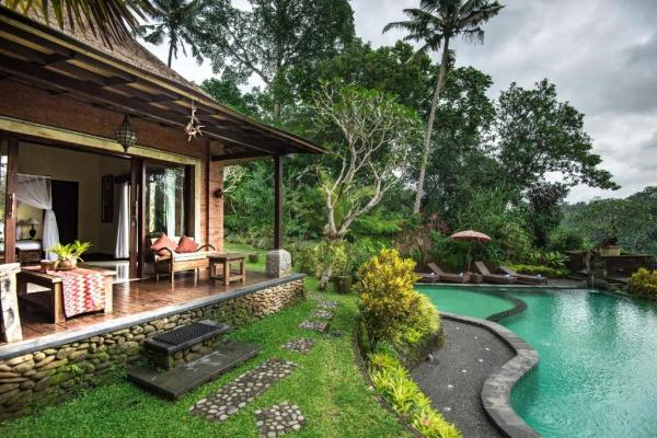 bunut garden luxury private villa