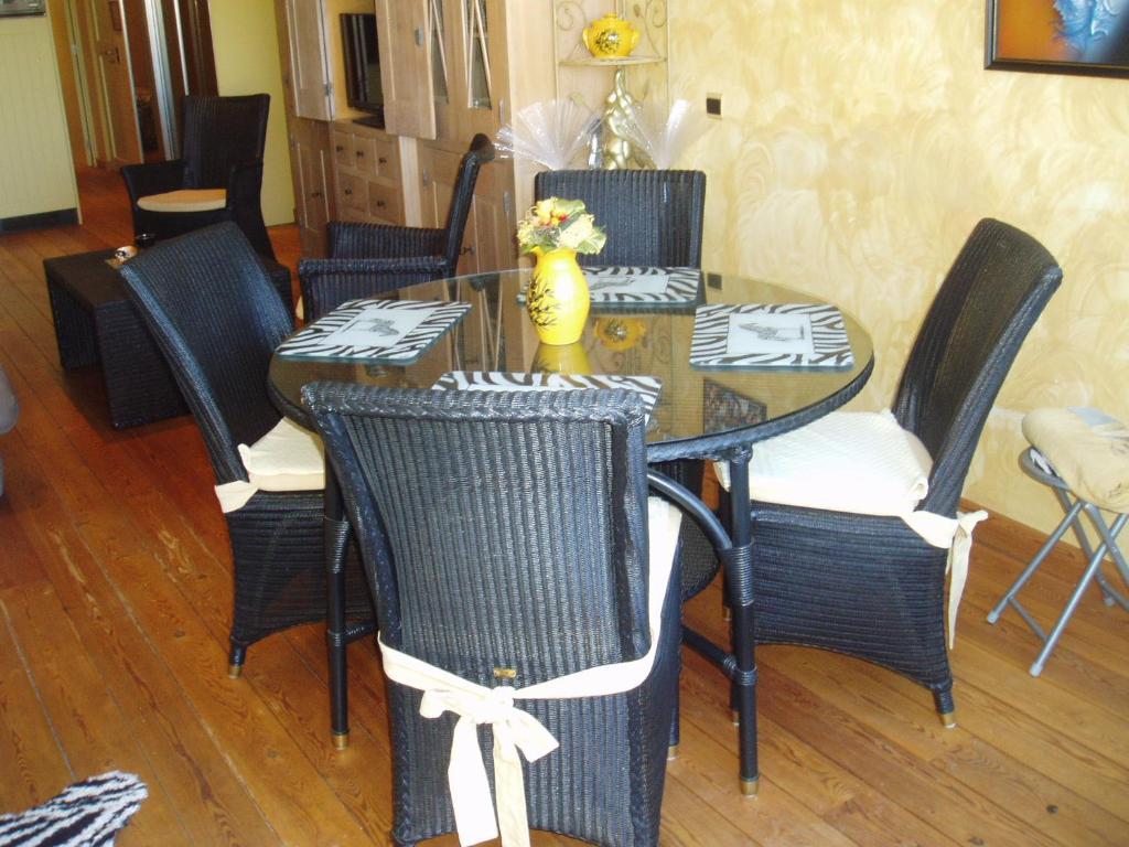 Luxe appartement Village Naturiste Cap dAgde France  Bookingcom