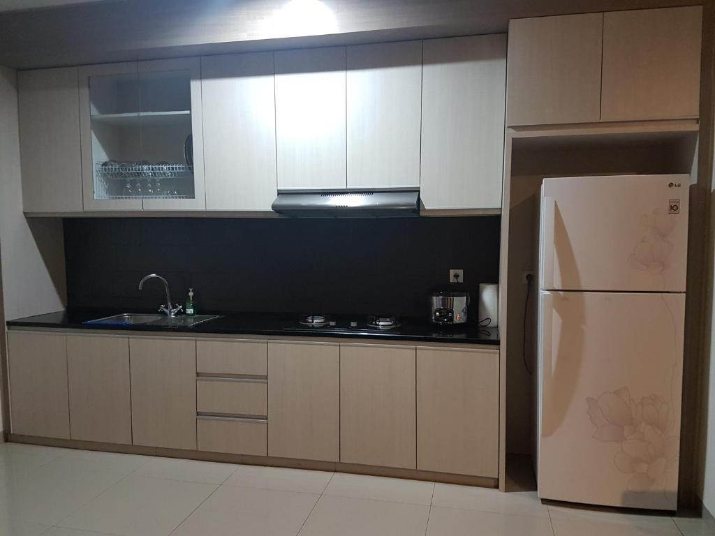 dexter kitchen white laminate cabinets private room villa two canggu indonesia booking com gallery image of this property
