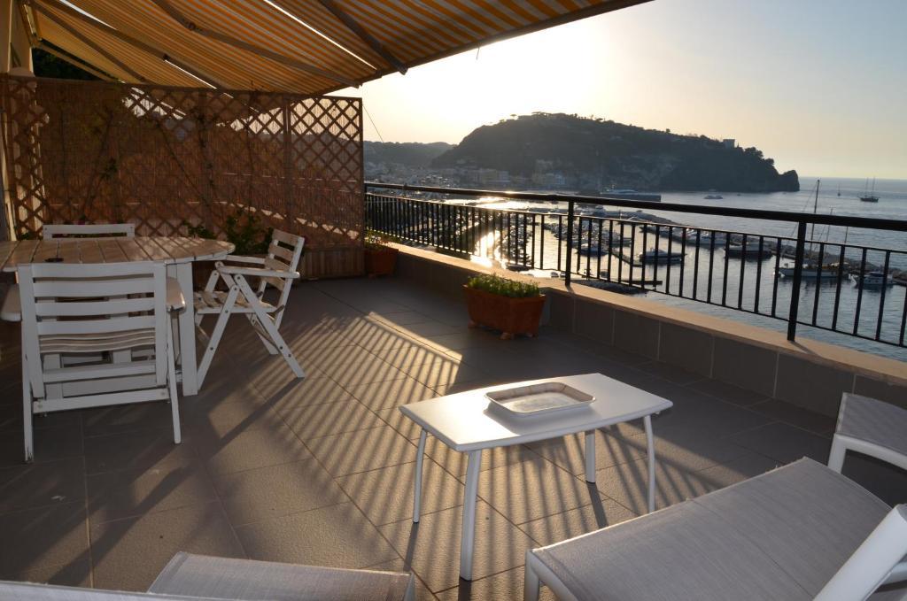 Casa vacanze Terrazza sul Mare Italia Ischia  Bookingcom