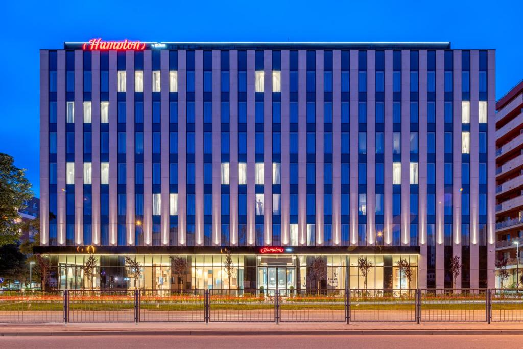 hampton by hilton directv swm lnb wiring diagram hotel warsaw mokotow poland booking com gallery image of this property