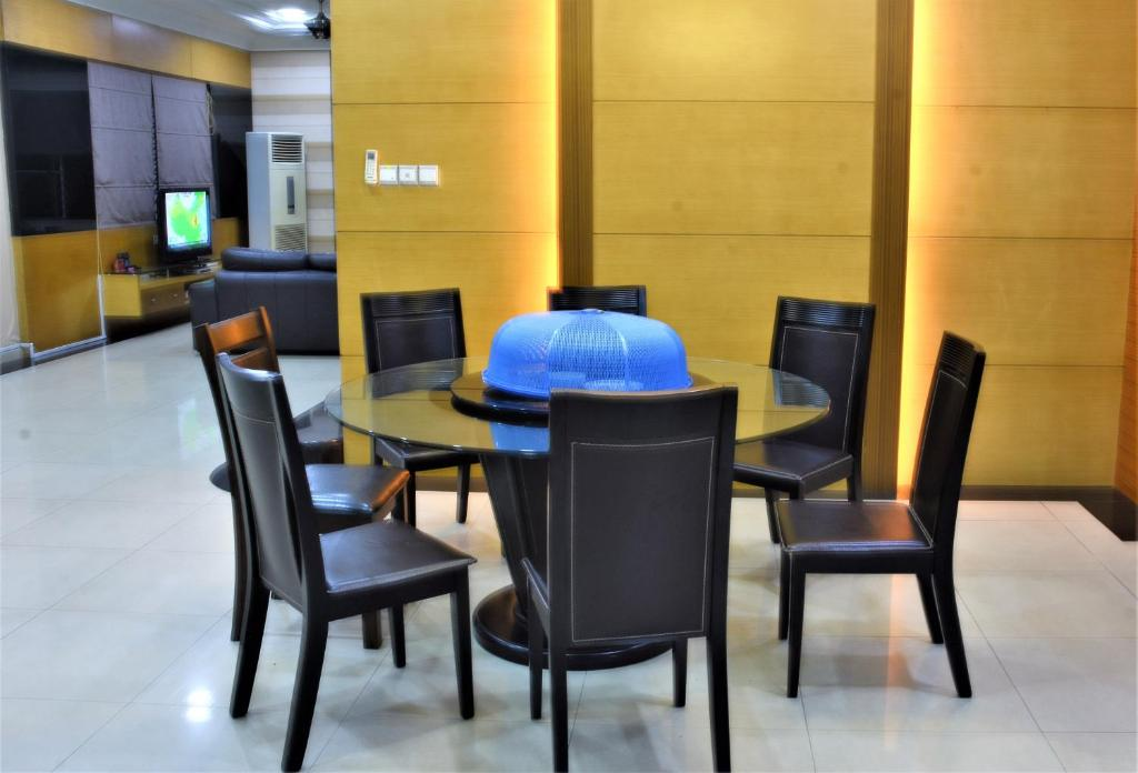 office chair kota kinabalu leather swivel rocker house 2 2a taman kingfisher park 4 phase 5a gallery image of this property