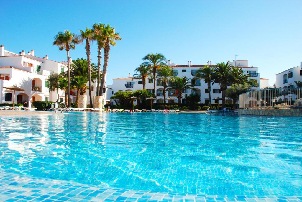 Hotel di blanes dekat dengan pantai blanes. Apartamentos Vista Blanes, Cala en Blanes - Precios ...