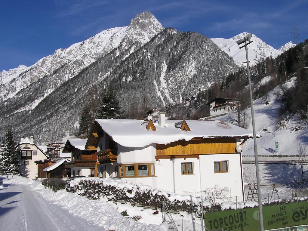 Appartement Haus Wechner Oostenrijk Flirsch  Bookingcom