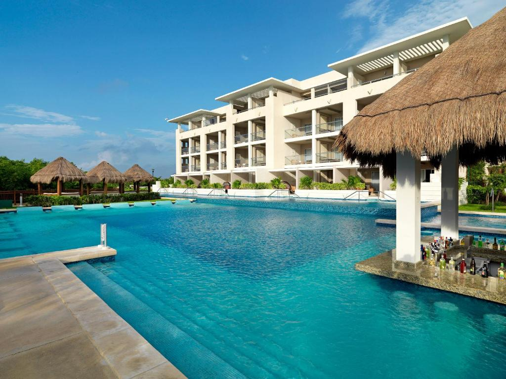 Hotel Royal Service at Paradisus La Perla Playa del Carmen Mexico  Bookingcom