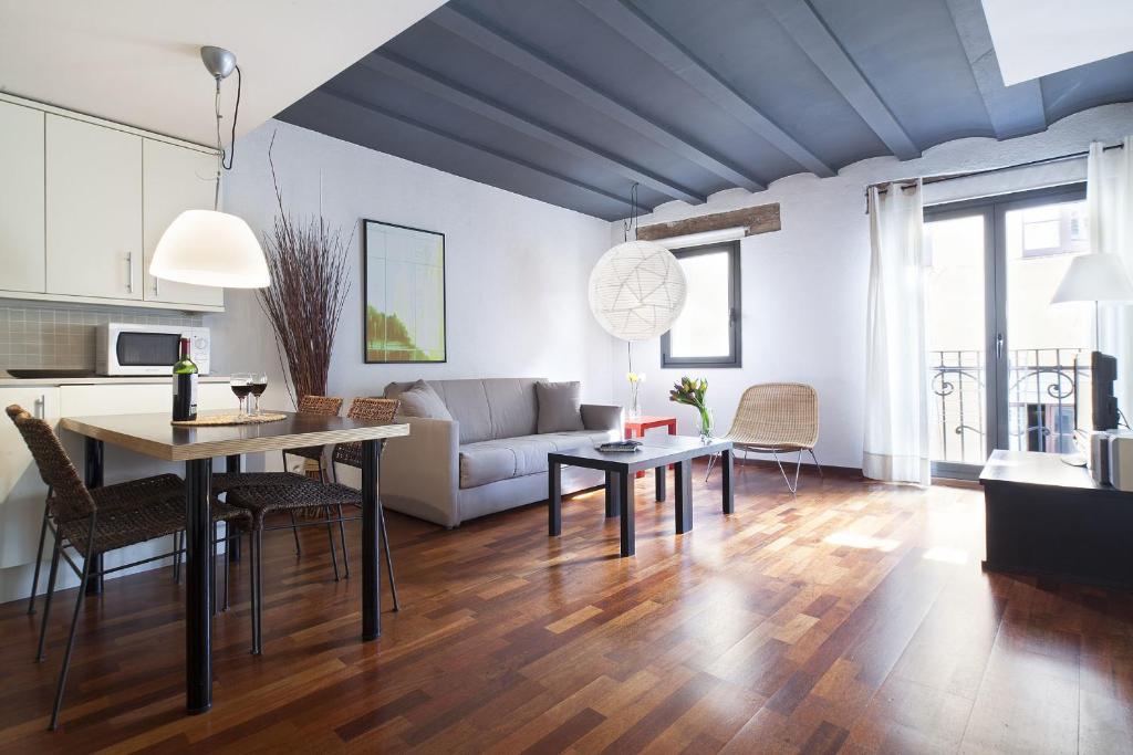Apartment InsideBCN Esparteria Barcelona Spain  Bookingcom