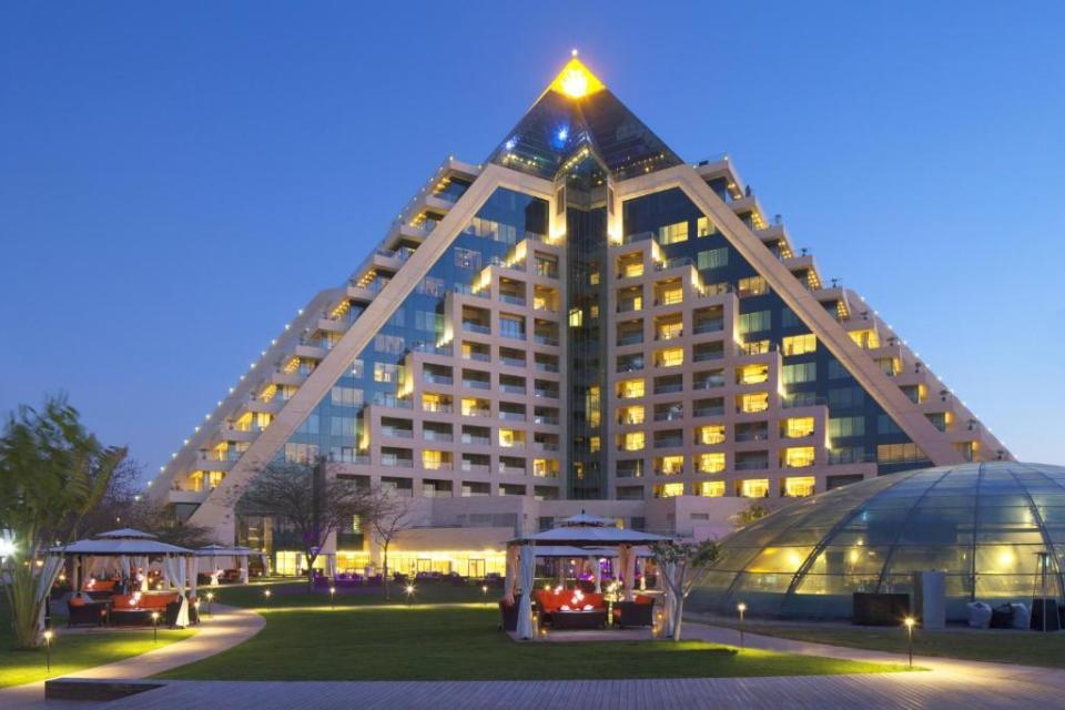 """""""Raffles Dubai booking.com""""的图片搜索结果"""