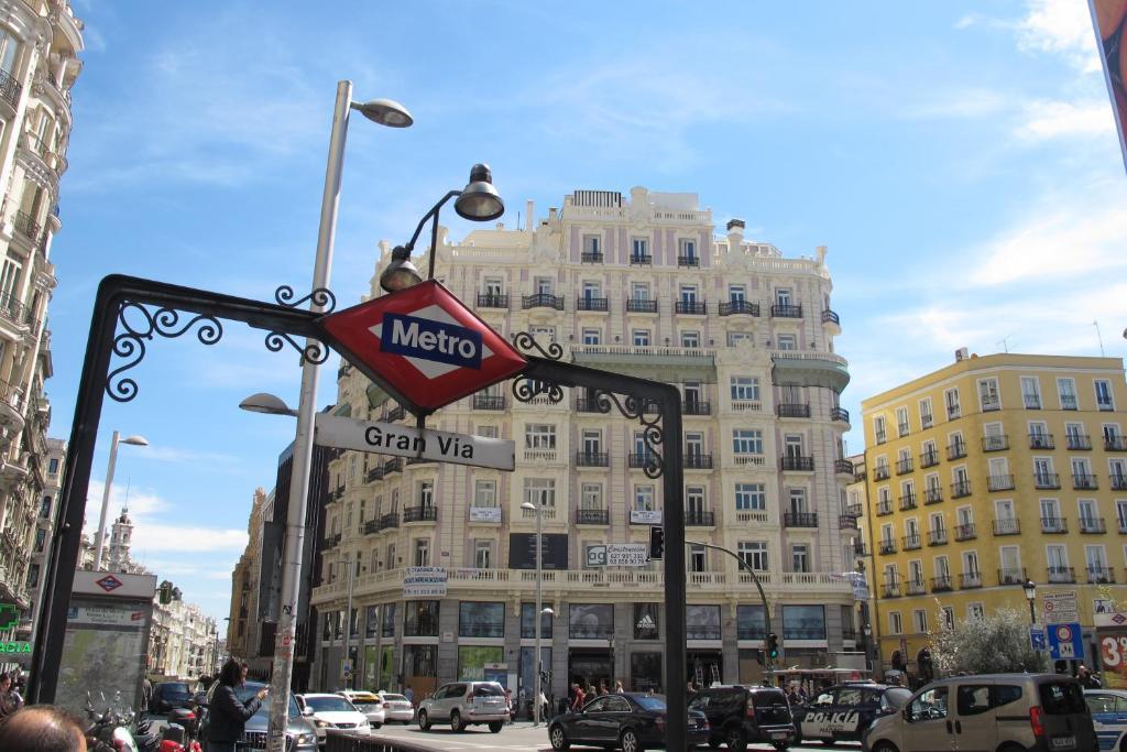 Apartamento Gran Via Sol Montera Espaa Madrid  Bookingcom