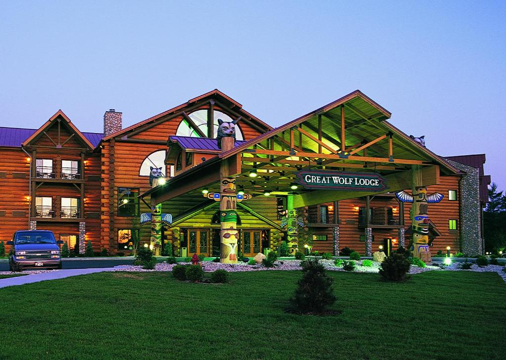 Great Wolf Lodge Wisconsin Dells WI  Bookingcom