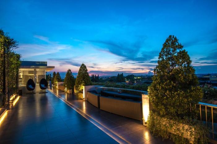 Hasil gambar untuk FM7 Resort Hotel
