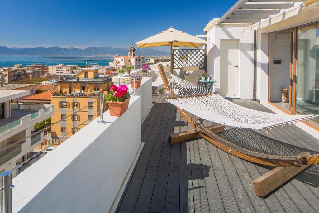 La Terrazza Di Olimpia Cagliari  Prezzi aggiornati per