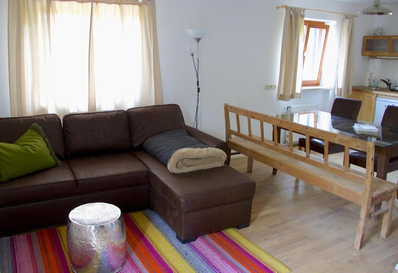 Apartment Ferienwohnung Am Bichl, Erlach, Germany - Booking.Com