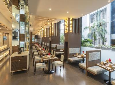Hotel The Regale by Tunga Mumbai India  Bookingcom