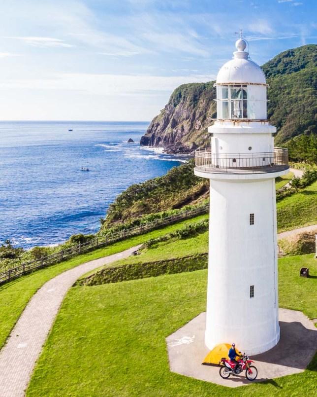 恵山岬灯台でテント設置 ドローン4K映像