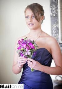 A estudante britânica Jemma O'Sullivan, 22, morreu em acidente causado por caminhoneiro, que digitava mensagem SMS no celular