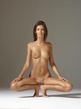 naked riolu
