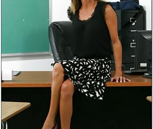 Free Milf Teacher Pictures