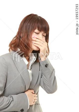 吐き気を催すビジネスウーマンの寫真素材 [19937293] - PIXTA