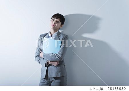 女性一人職業イメージの寫真素材 [28183080] - PIXTA