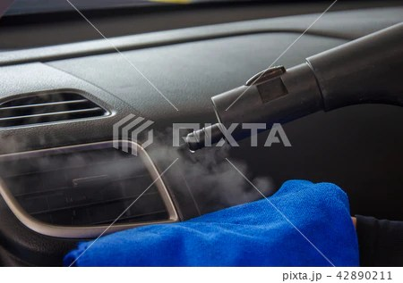 Cleaning of car air conditionerの寫真素材 [42890211] - PIXTA