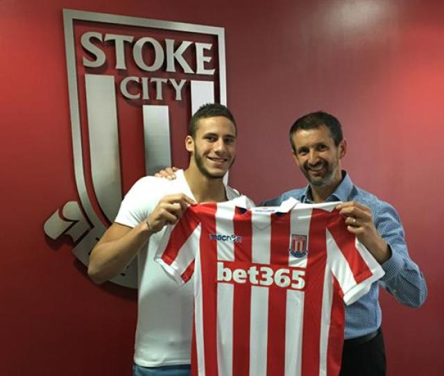 Pin Sobhi Is Officially Presented As A Stoke Player Stokecityfc