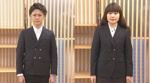 NHK 취재진이 촬영한 젠더리스 교복을 입은 모습. 남녀 교복 재킷의 기장이 비슷하고 여학생 교복의 허리라인 등을 강조하지 않은 점이 눈에 띈다. [NHK 캡처=연합뉴스]
