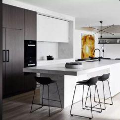 Kitchen Backspash Ikea Kitchens Cabinets 告别油烟 这样的厨房后挡板让你省时省力 上海搜狐焦点 我们最常见的厨房后挡板就是贴瓷砖 这样的厨房后挡板耐刮擦 耐热 耐水 价格合理 整体感强 可以单片更换 容易清洁 样式多