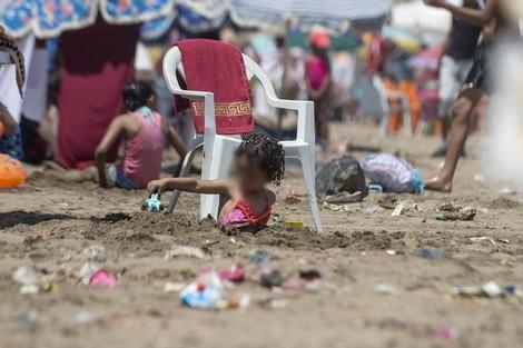 PlageMaroc1_936369654 قوارير البلاستيك تتصدر النفايات الصلبة الملوثة للشواطئ المغربية Actualités