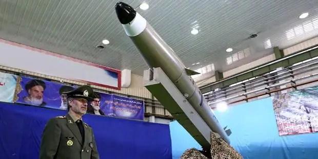Iran: Un missile de nouvelle génération dévoilé
