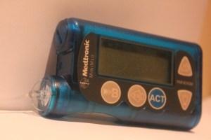 22 300x200 - مضخة الانسولين